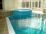 В современном доме должен быть бассейн